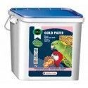 Paste of breeding parrots and parakeets Orlux Gold Kick 5 kg
